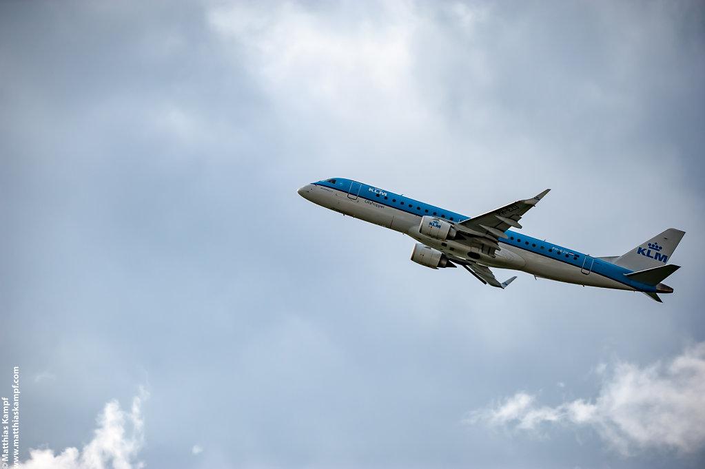 KLM PH-EZU