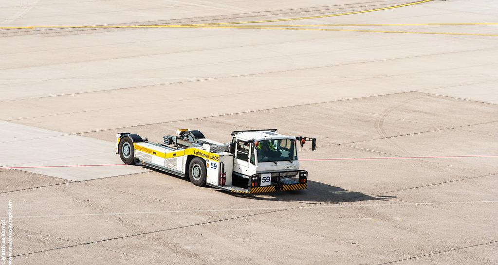 Lufthansa LEOS